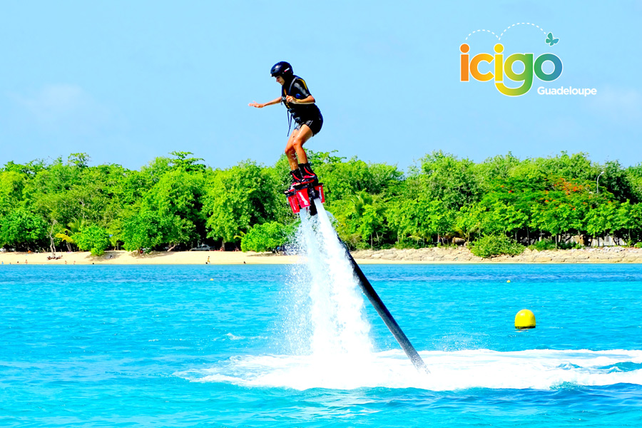 Click to enlarge image flyboard-plage.jpg