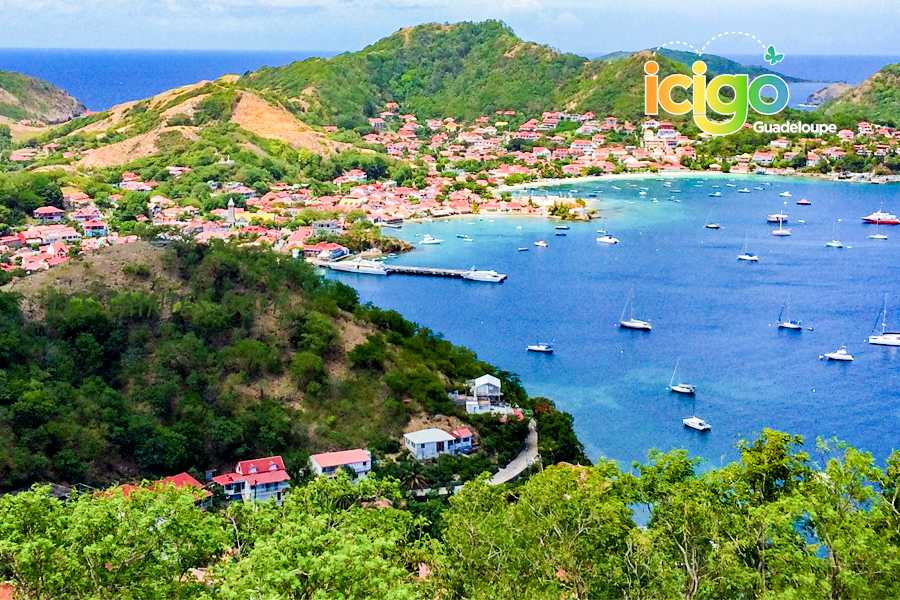 Click to enlarge image village-des-saintes-ok2.jpg