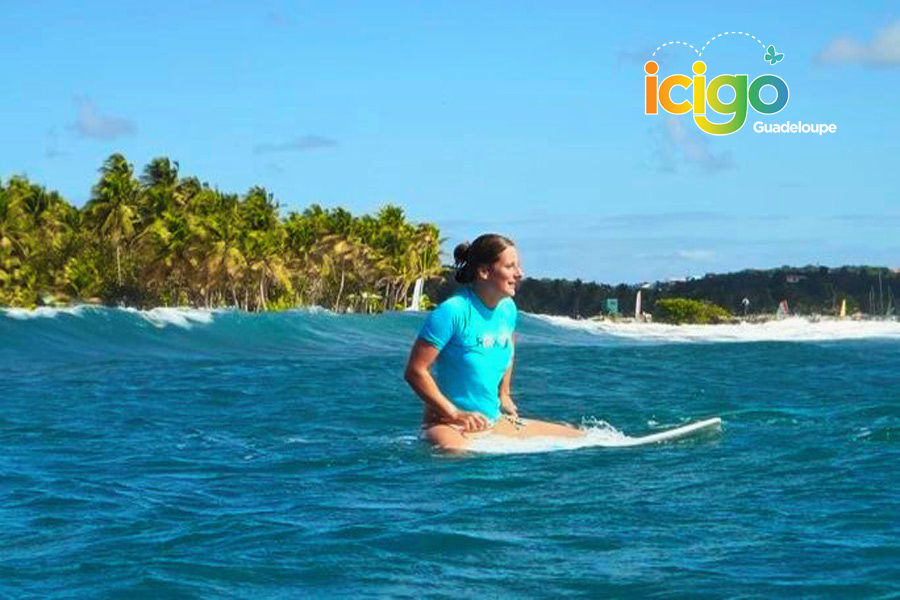 Click to enlarge image 03-SURF-SCHOOL-GUADELOUPE-900x600.jpg