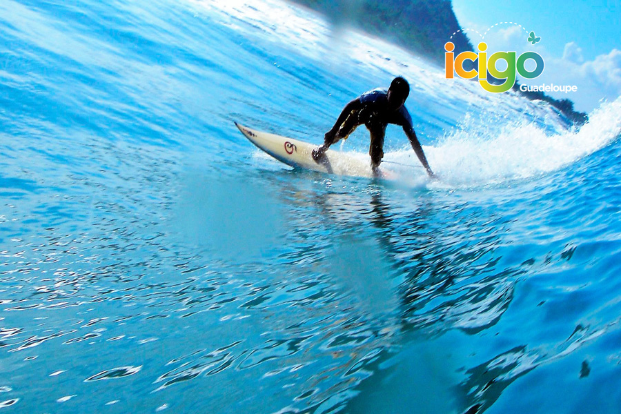 Click to enlarge image 10-SURF-SCHOOL-GUADELOUPE-900x600.jpg