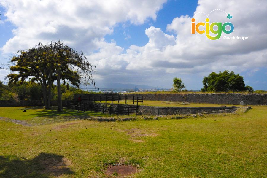 Les Forts De Guadeloupe Les Souvenirs D Un Passe Mouvemente